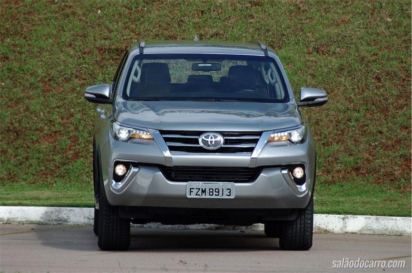 Nova Toyota SW4
