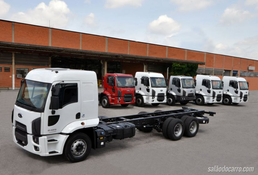 Ford Cargo - versões automatizadas Torqshift