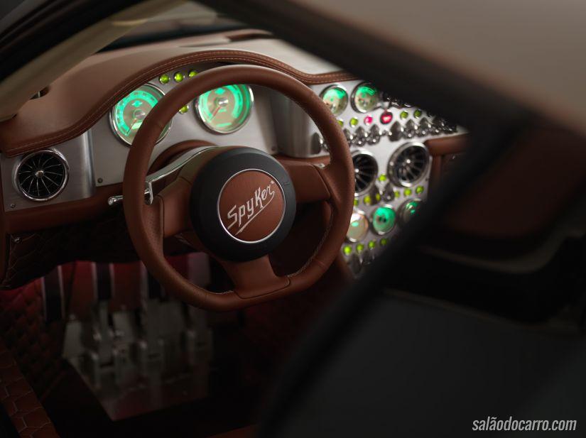 Spyker C8 Preliator é revelado na Suíça