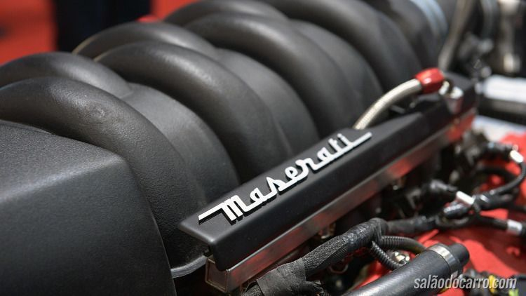 Lazareth mostra LM 847 com motor da Maserati