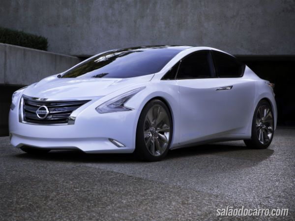 Nissan aposta em carro elétrico movido a etanol