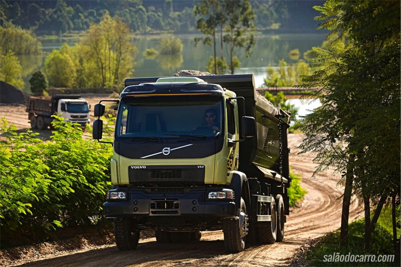 Volvo VM 6X4R 32 ton