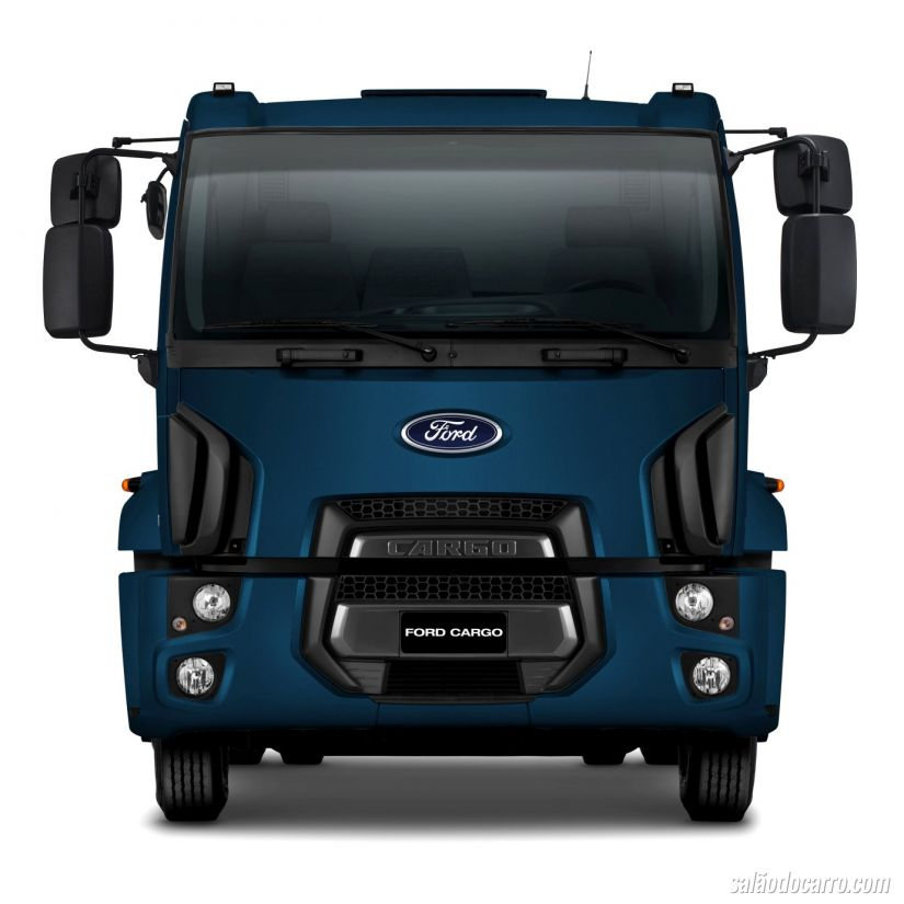 Novos Ford Cargo 1419, 1519 e 3129
