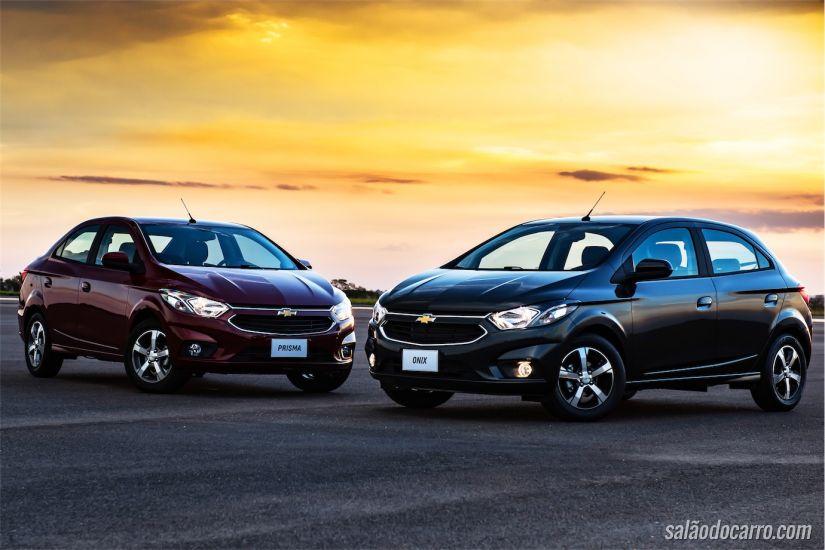 Linha 2017 dos Chevrolet Onix e Prisma