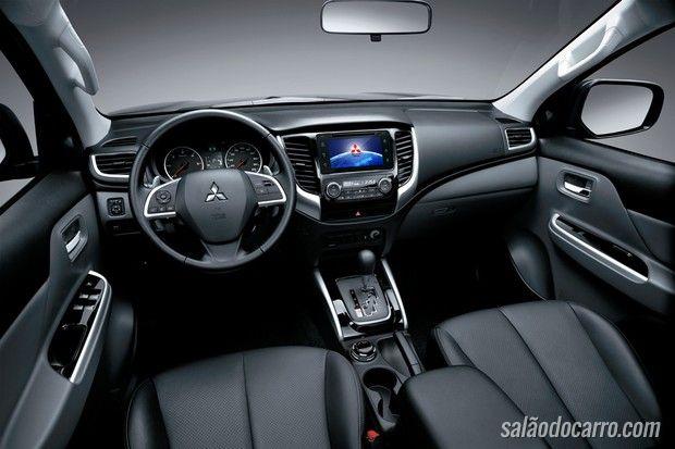 Mitsubishi L200 Triton Sport chega em outubro
