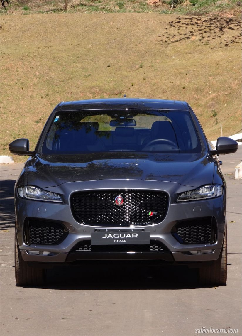 jaguar f pace no brasil testes sal o do carro. Black Bedroom Furniture Sets. Home Design Ideas