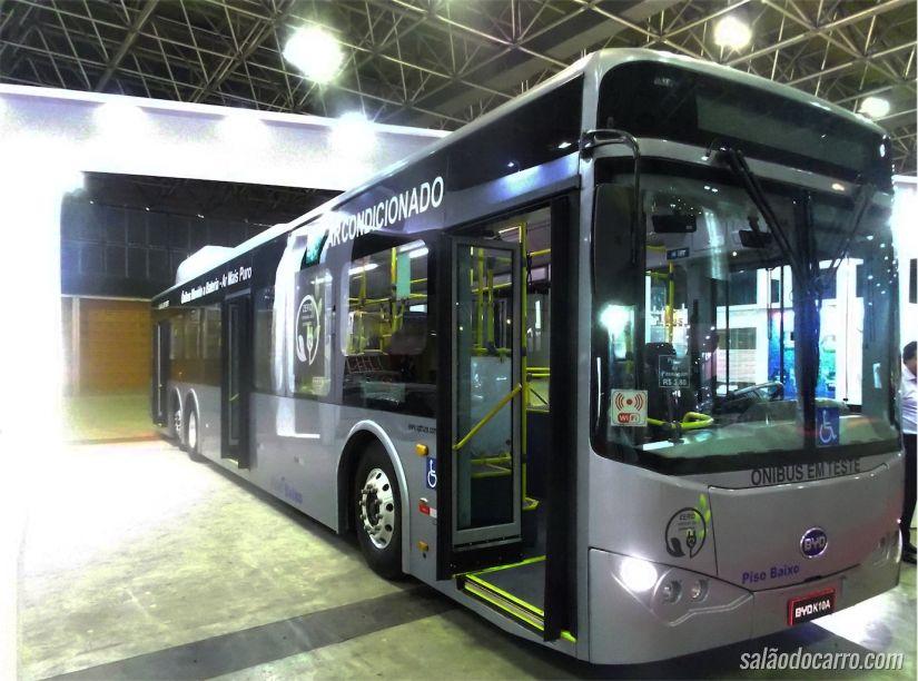 Ônibus BYD elétrico