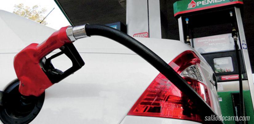 Preço da gasolina sobre para os consumidores