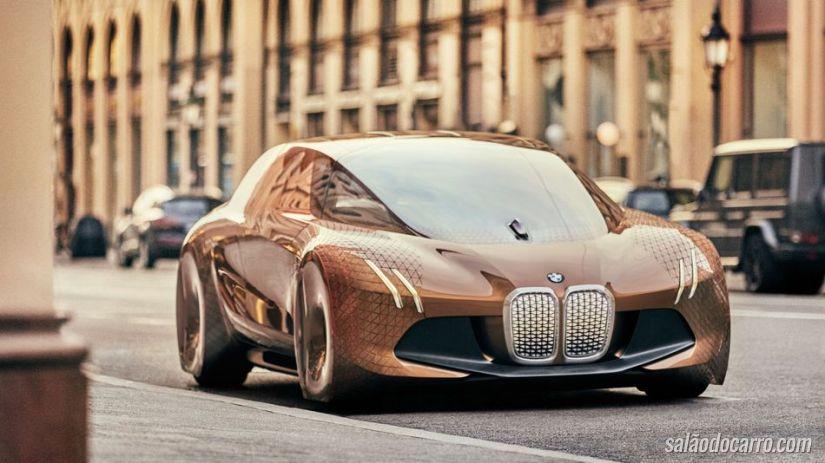BMW investe em carro autônomo com conexão à internet