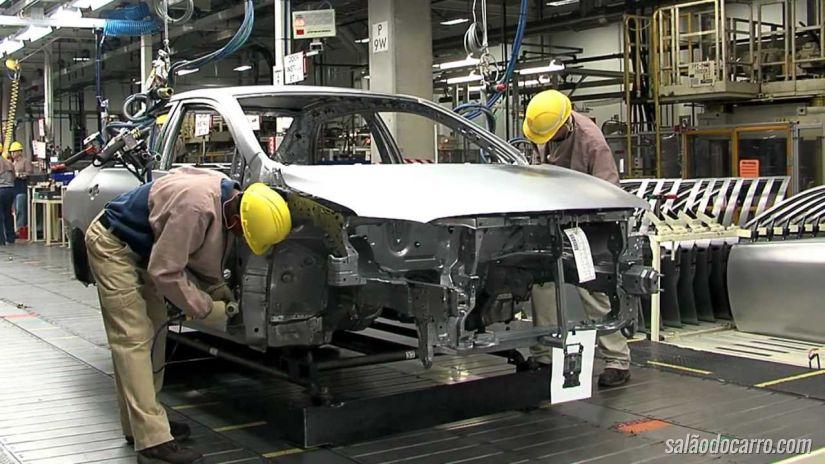 Anfavea aponta aumento na produção de carros durante fevereiro
