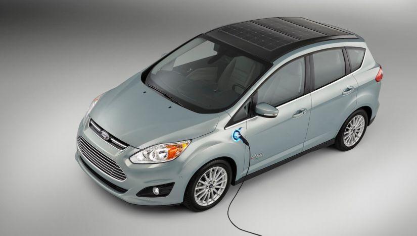 Híbridos e elétricos passam a ser taxados como carros comuns nos EUA