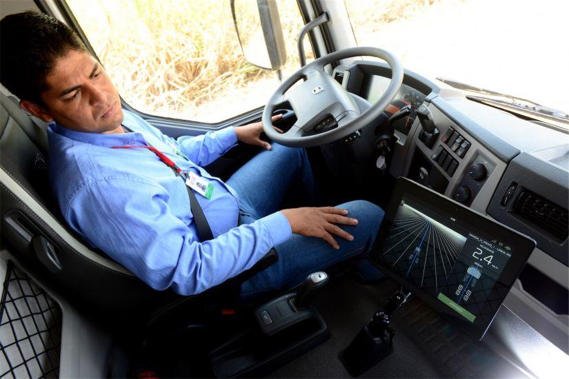 Volvo Caminhão VM autônomo