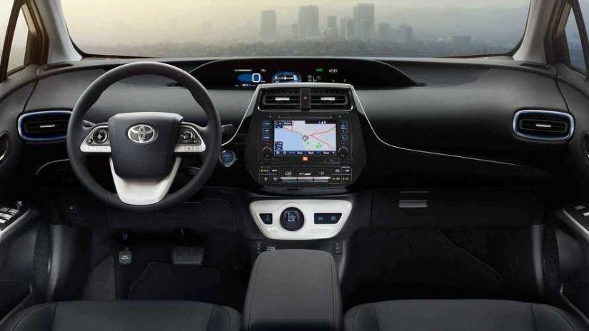 Toyota Prius consegue assumir a liderança de vendas entre os híbridos
