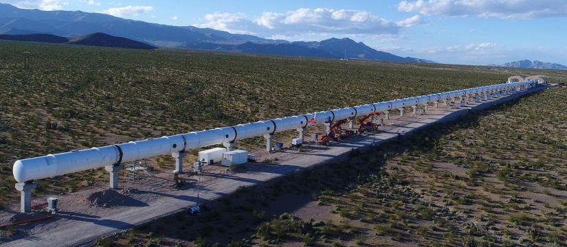 Hyperloop anuncia avanço em seu veículo supersônico