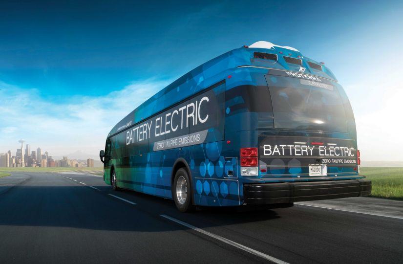 Ônibus elétrico bate recorde de autonomia nos EUA