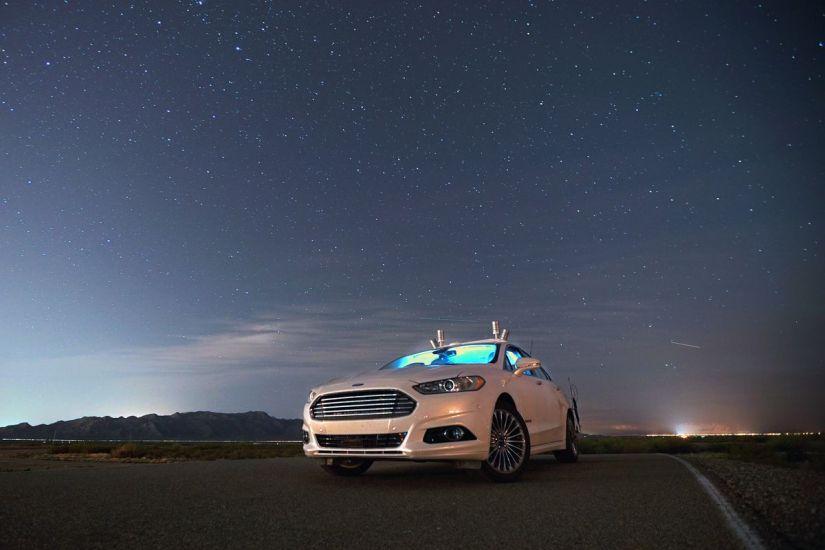 Ford formaliza parceria com empresa rival do Uber