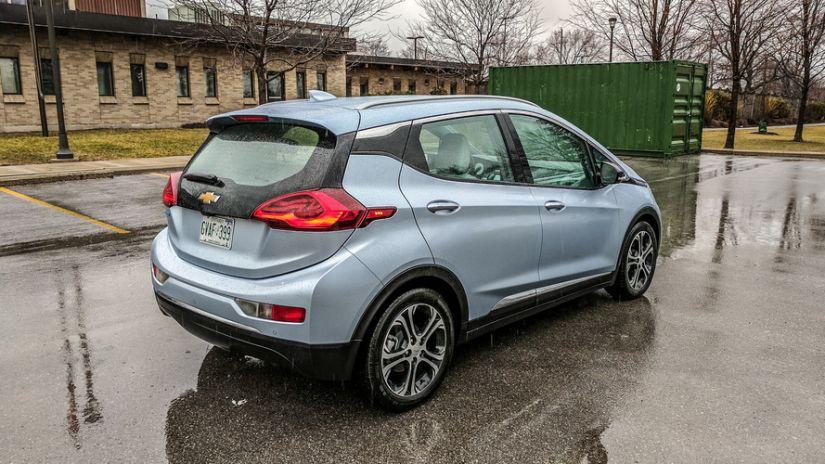 GM quer lançar 20 carros totalmente elétricos nos próximos anos