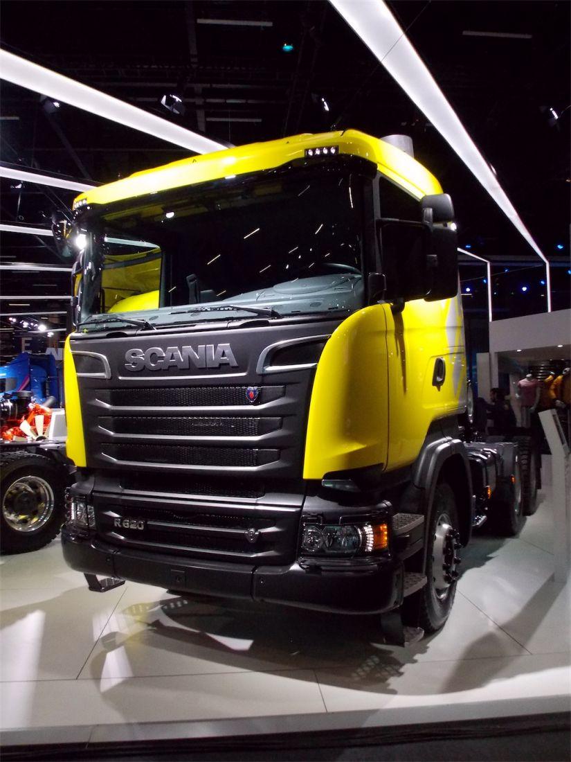 Scania R620 V8