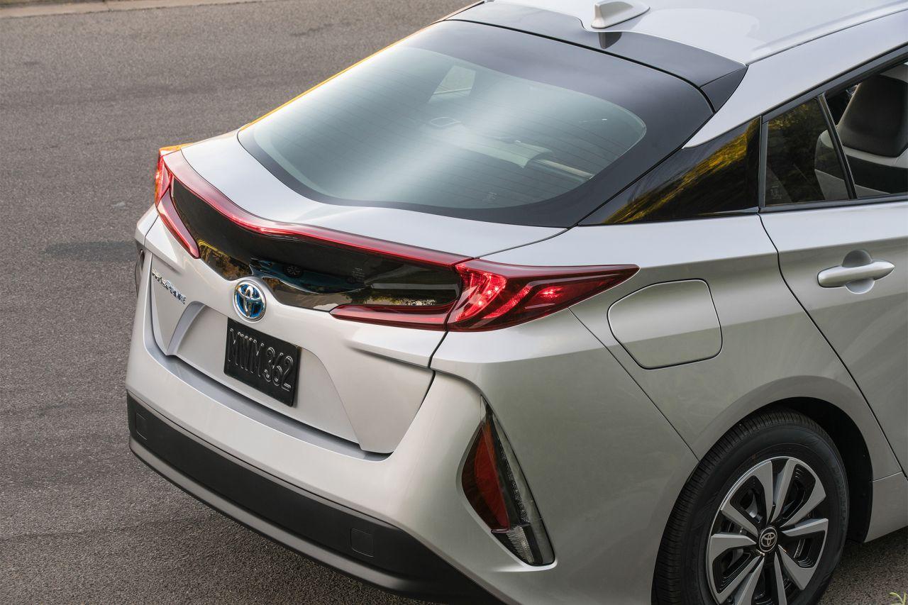 Carros electricos toyota vai lanar modelo hbrido que utiliza etanol no brasil fandeluxe Images