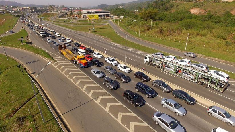Waze revela quais são as piores cidades do Brasil para dirigir