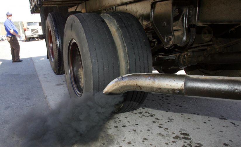 De olho na poluição: peças desgastadas fazem carros poluir mais