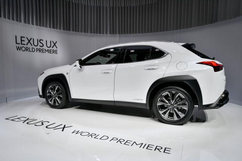Lexus apresenta novo SUV compacto