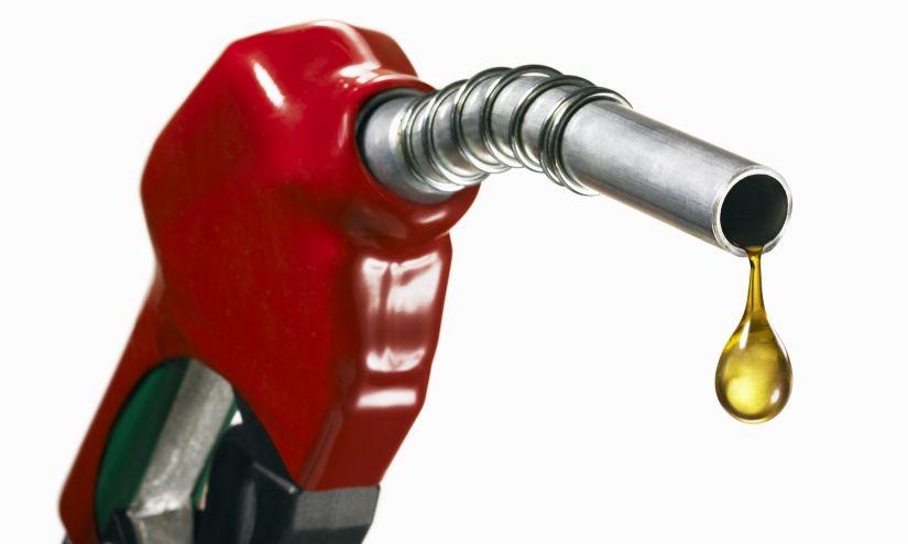 Preço médio da gasolina volta a subir no Brasil