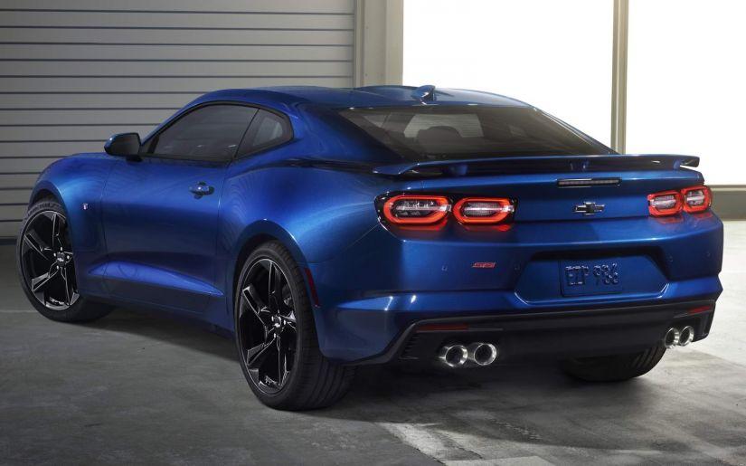 Chevrolet muda visual de Camaro e insere câmbio do Mustang