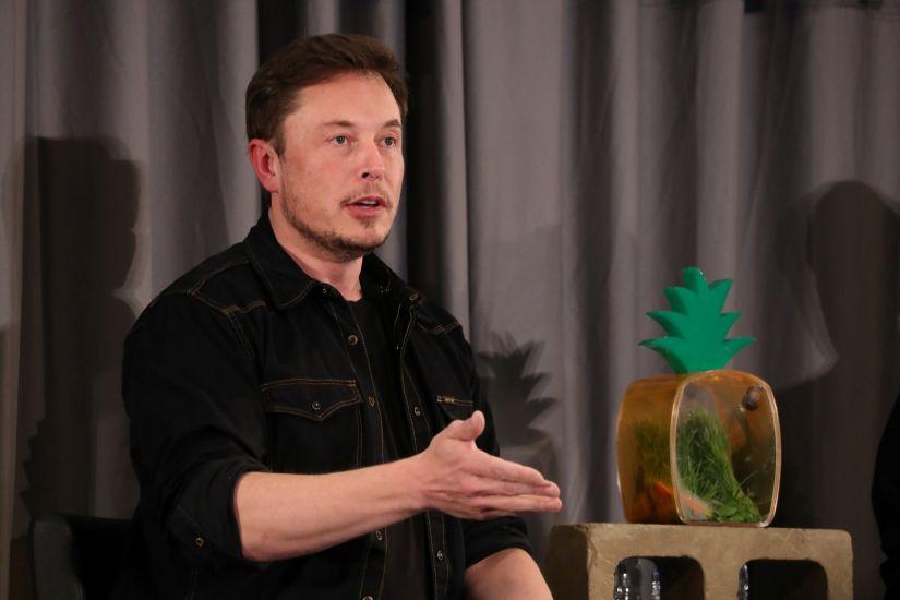 Elon Musk afirma que o futuro do transporte público será por túneis