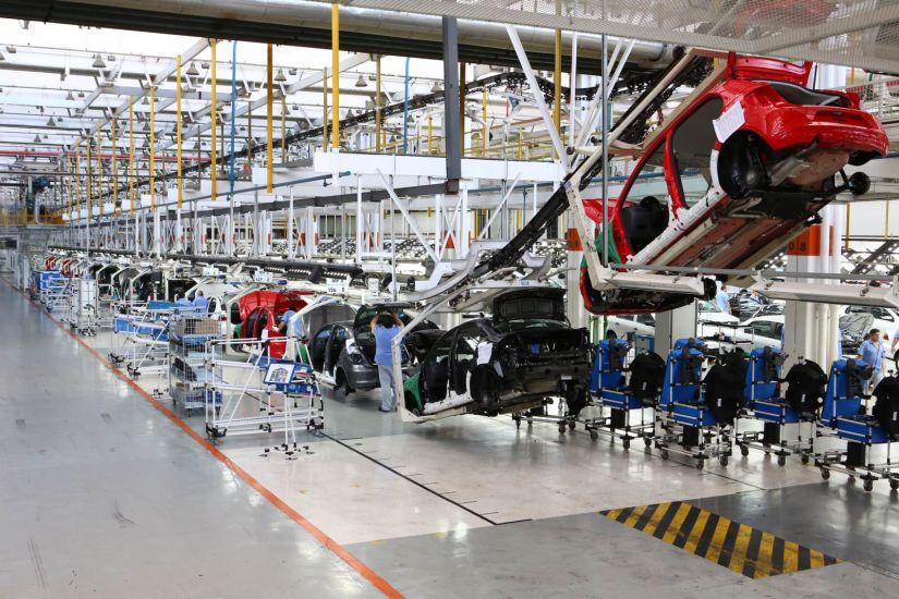 Fábricas param produção de veículos em função da greve dos caminhoneiros