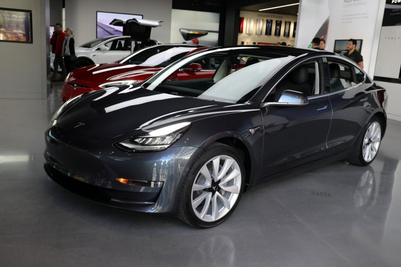 Tesla pode ter carro elétrico mais acessível em 3 anos