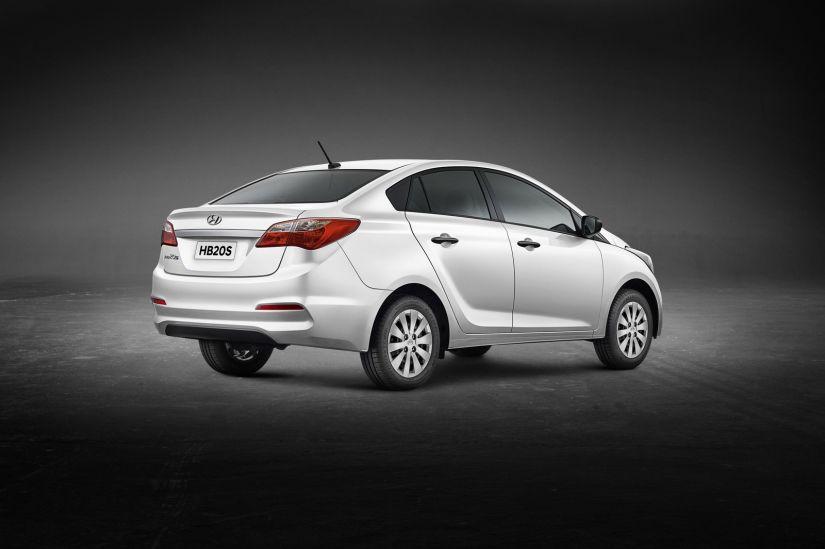 Hyundai apresenta nova versão de entrada do HB20S