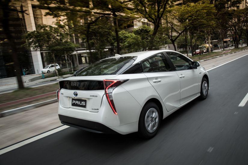 Toyota anuncia recall do Prius no Brasil