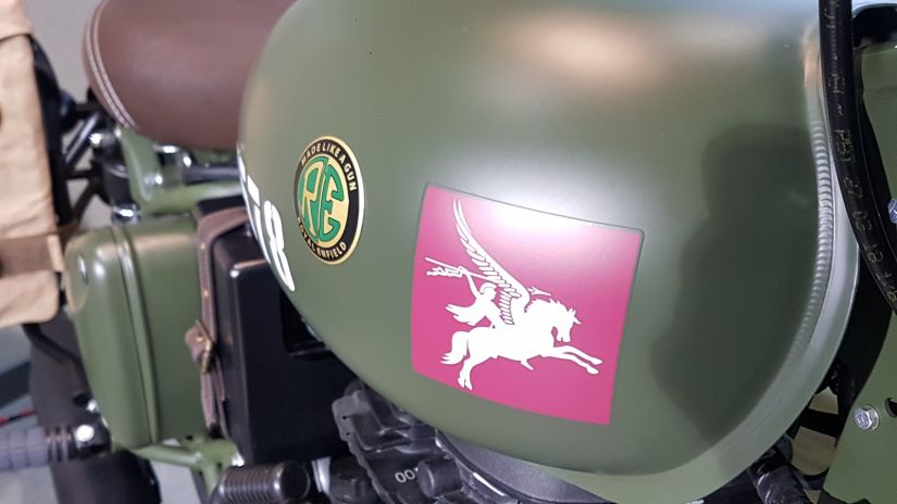 Royal Enfield lança Pegasus no Brasil