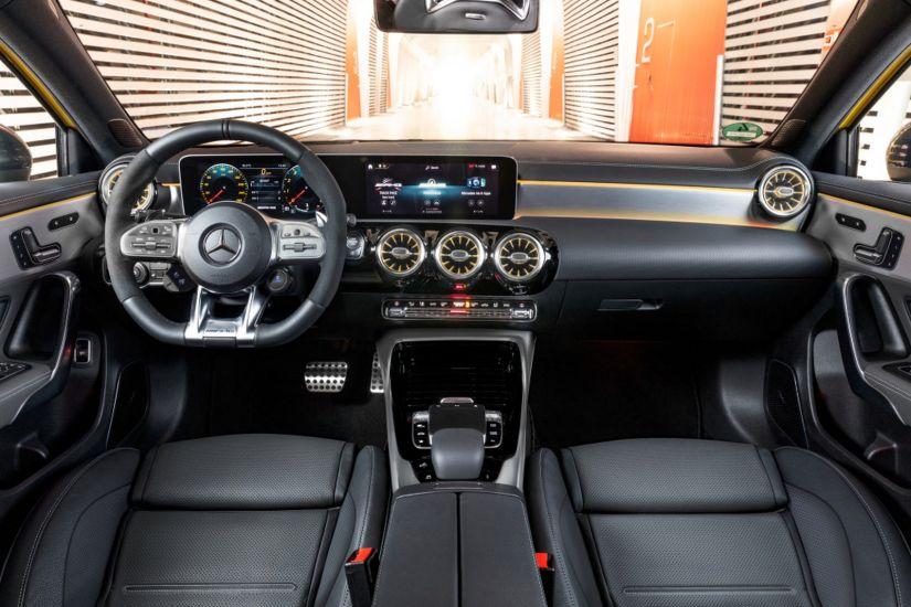 Mercedes apresenta novo modelo de esportivo de entrada - Foto 2