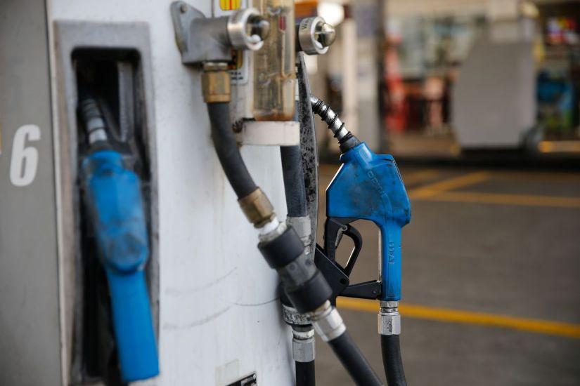 Gasolina cai pela 5ª semana consecutiva nas bombas