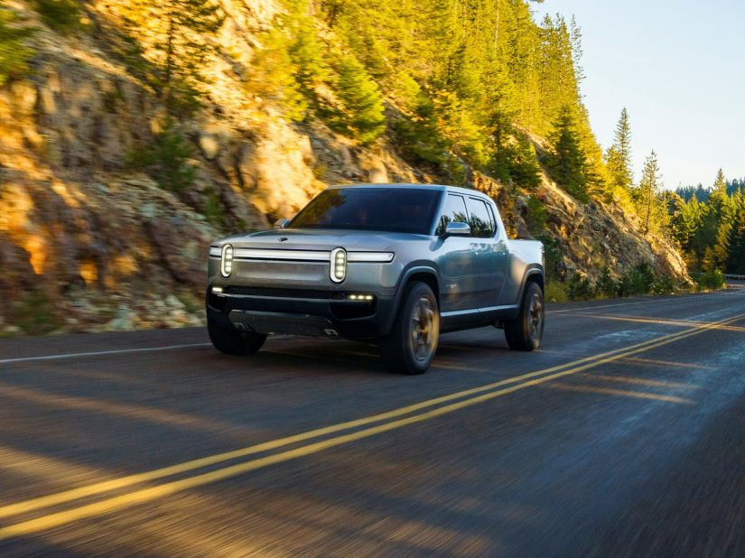 Rivian anuncia lançamento de veículos elétricos aventureiros