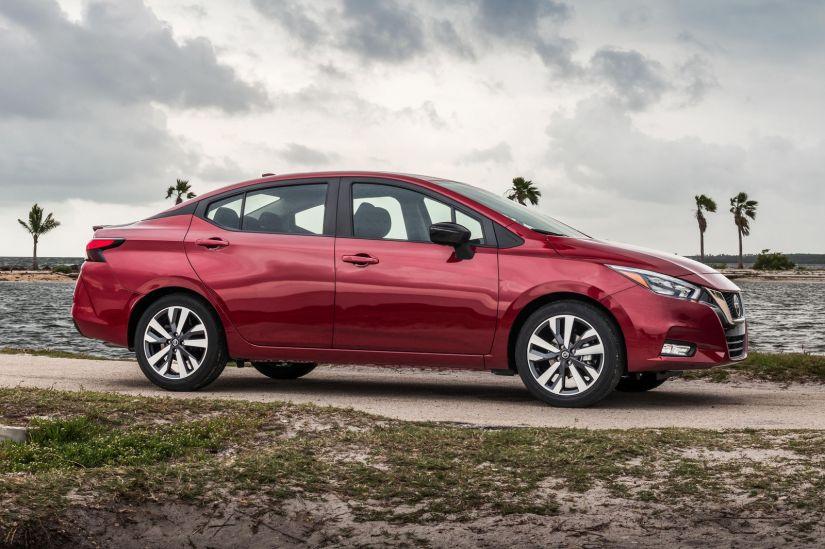Nissan apresenta nova geração do Versa