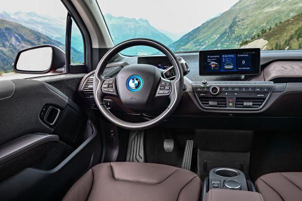 Novo BMW i3 120Ah entra em pré-venda com preços partindo de R$ 205.950 - Foto 3