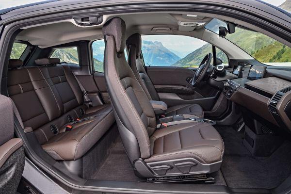Novo BMW i3 120Ah entra em pré-venda com preços partindo de R$ 205.950 - Foto 4