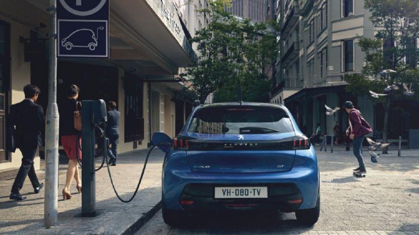 Peugeot lança 208 elétrico na Europa