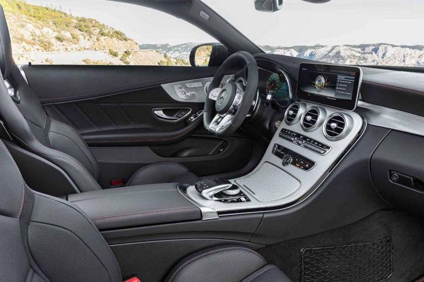 Mercedes lança Classe C cupê e conversível renovados no Brasil - Foto 3