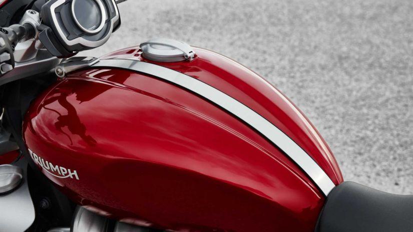 Triumph apresenta novas linhas da Rocket 3 - Foto 2
