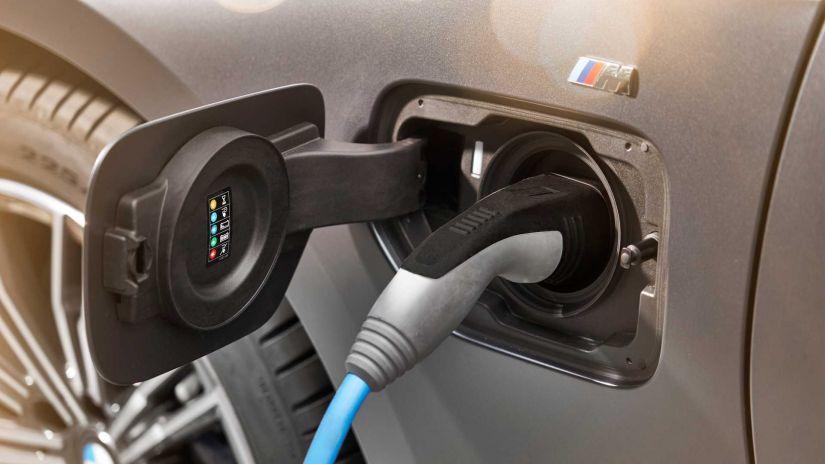BMW confirma versão híbrida do para o Série 3 2020 - Foto 1