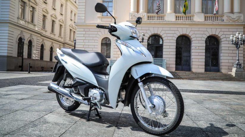 Honda Biz ganha nova versão de entrada