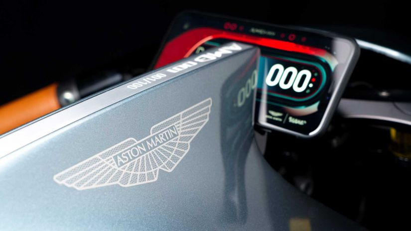 Aston Martin lança primeira moto da história da montadora