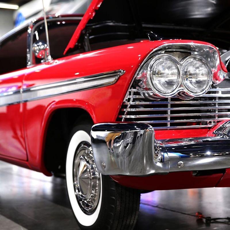 Christine, o Carro Assassino, ganha réplica com motor acima de 1000 cv