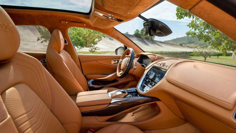 Aston Matin apresenta seu primeiro SUV - Foto 5