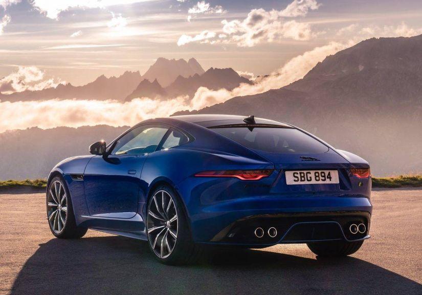 Jaguar divulga F-Type mais agressivo e com escapamento silencioso