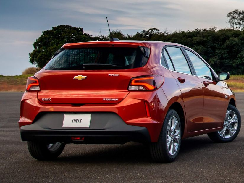 Onix é o carro mais vendido pelo 5º ano consecutivo